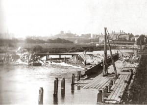 Construction of The Weir, 1911