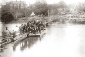 Construction of The Weir, 1910