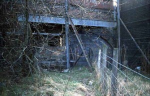 The bridge over the canal on New Park Road/ Gas House Bank just before demolition